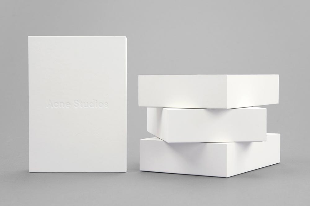 EUROPE-BOARD-FULLYAUTOMATED-SOLID-DESIGN-MODERN-INNOVATION-PERFECTSHAPE-SHARPEDGES-LUXURY-PACKAGING-BOX-BOXBY111-2